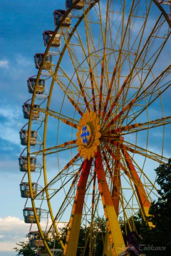 137 Ferris wheel