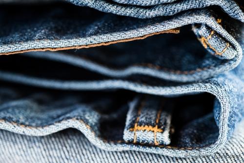 047 Blue jeans