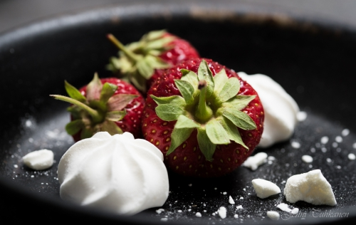 002 Strawberry dessert